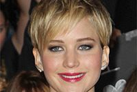 Jennifer-lawrence-hairstyle-from-long-to-short